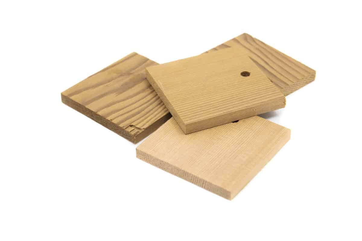 Dřevo voní Malá cedrová cedulka proti molům, čtverec více ks